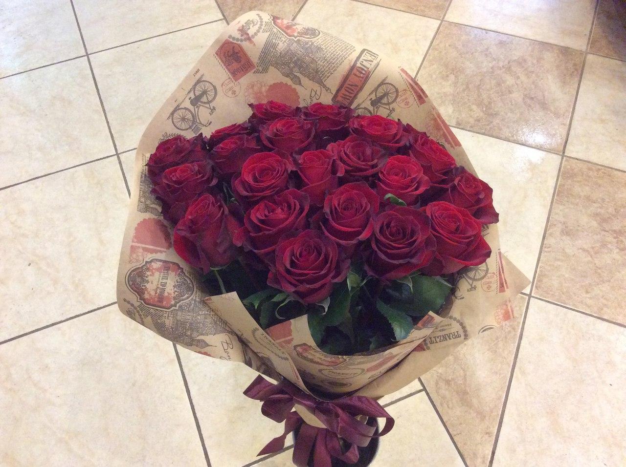 Цветы в коробке и цена 31