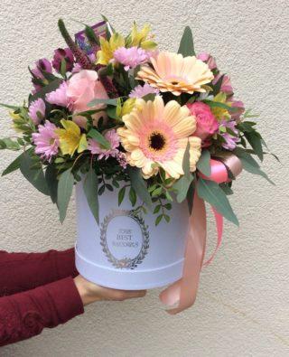 Цветы в коробке №19