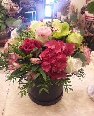 Цветы в коробке №22